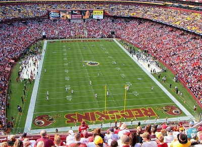 10 Largest Pro Football Stadiums In The United States